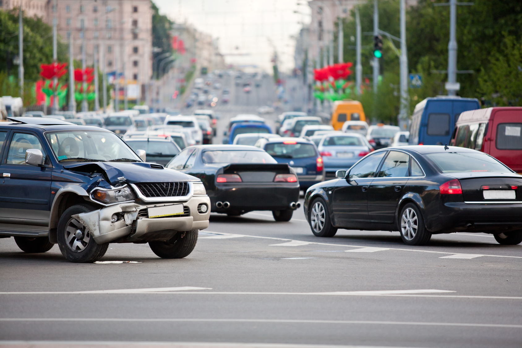 car accident during rush hour and if you have been involved in a multi-car crash and need a good Flint personal injury attorney look here.