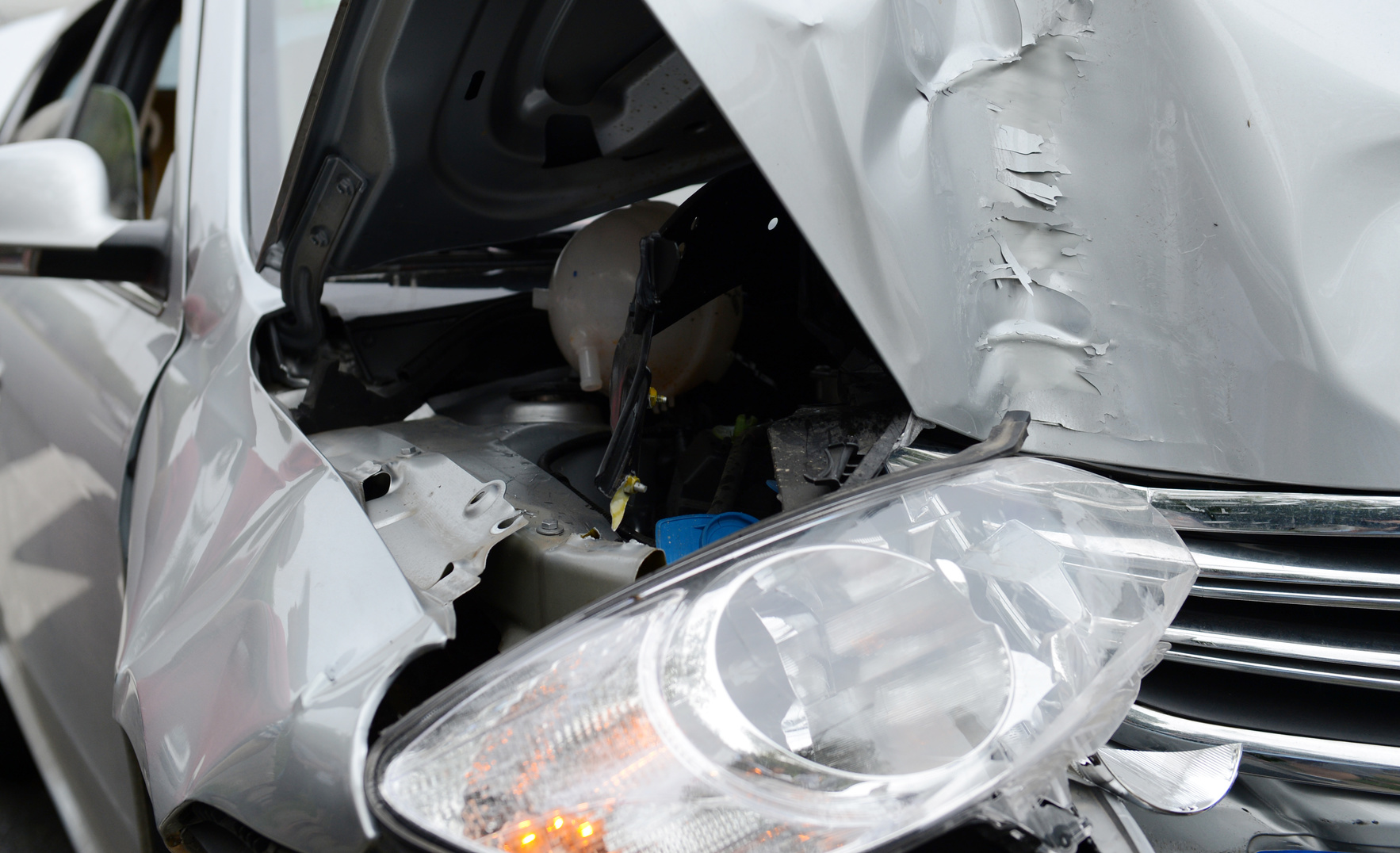Head-on collision and if you need a top car accident attorney find one in Flint.